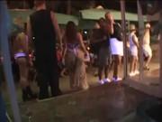 Феерическая групавуха: лесбеянки зажигают в клубе